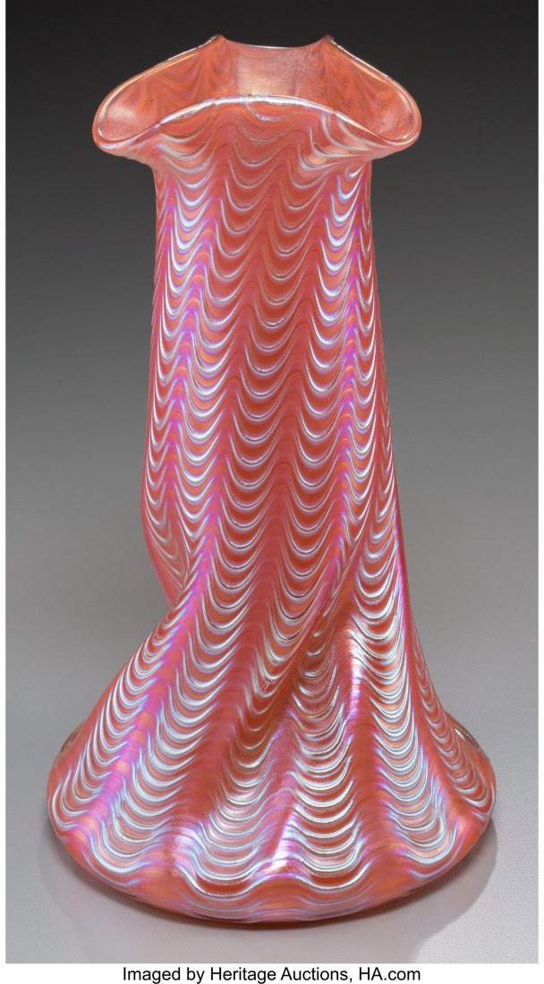 63660: A Loetz Iridescent Ribbed Glass Vase, early 20th - 2