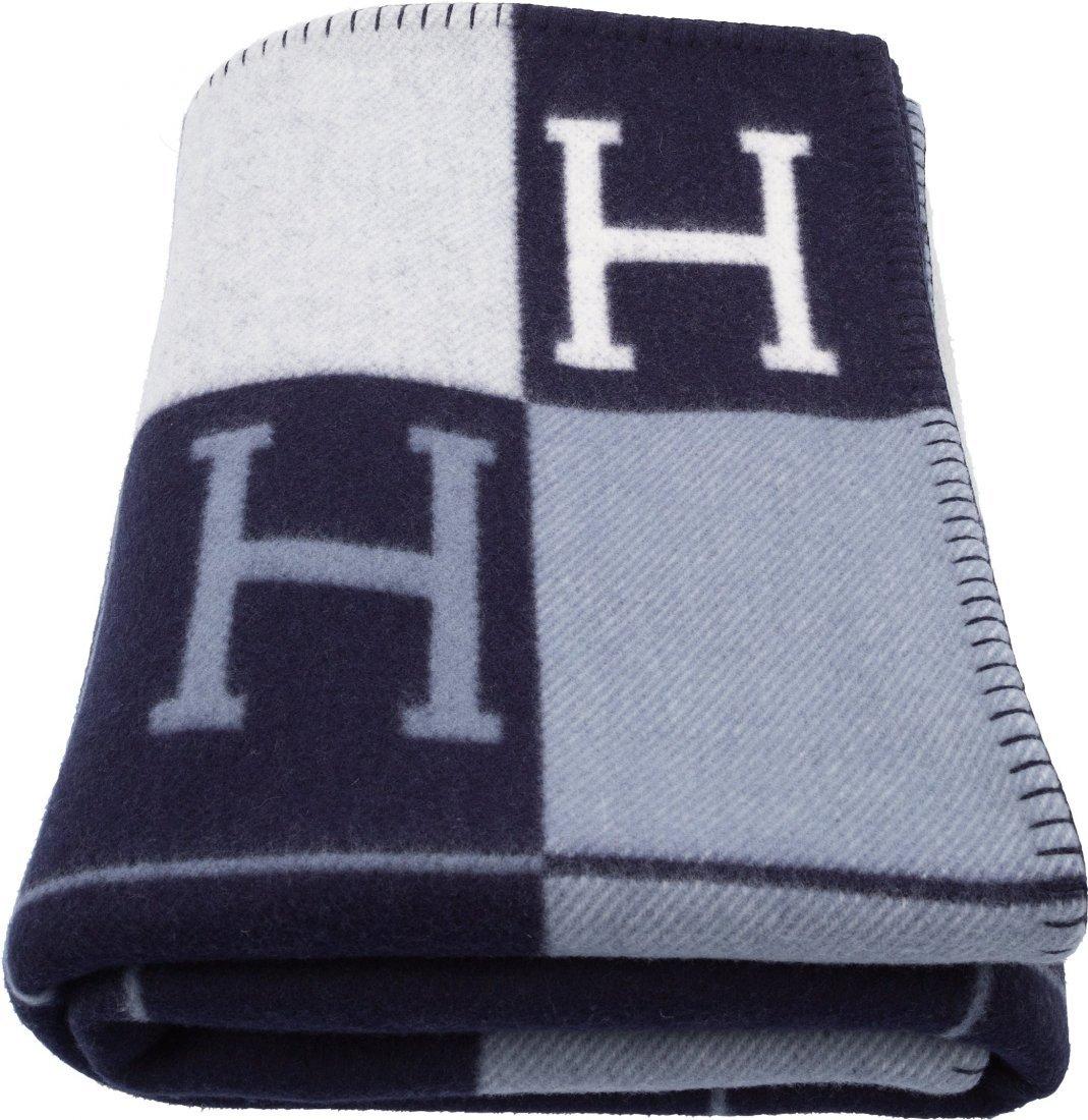 58119: Hermes Ecru & Caban Wool and Cashmere Avalon Bla