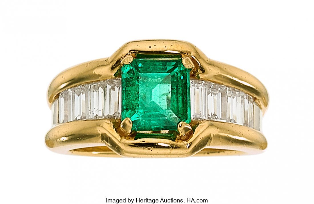 55350: Colombian Emerald, Diamond, Gold Ring  The ring