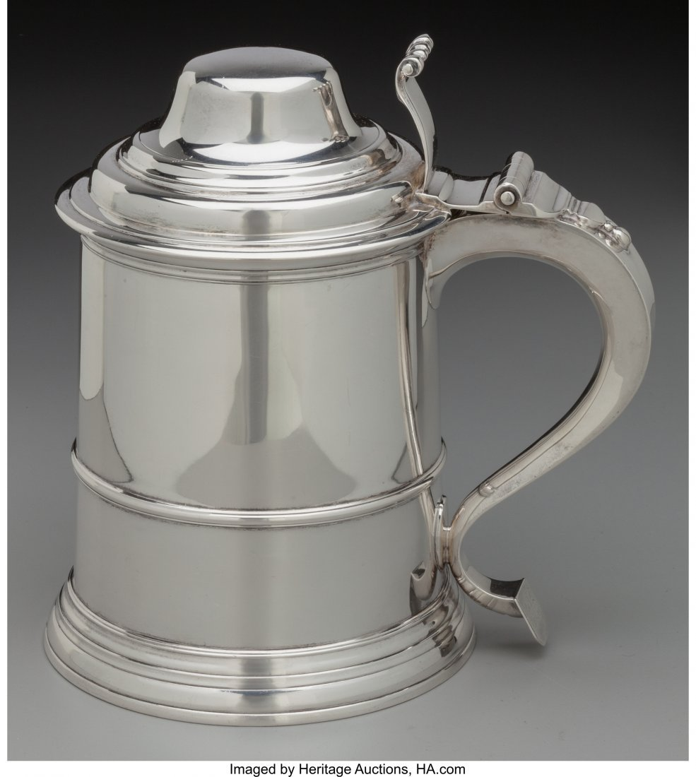74020: A William Comyns & Son Silver Covered Tankard, L