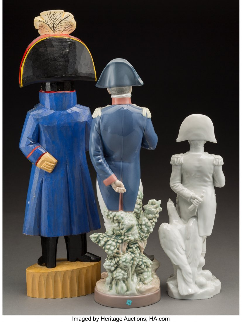 61905: Three Porcelain and Carved Wood Standing Figures - 2