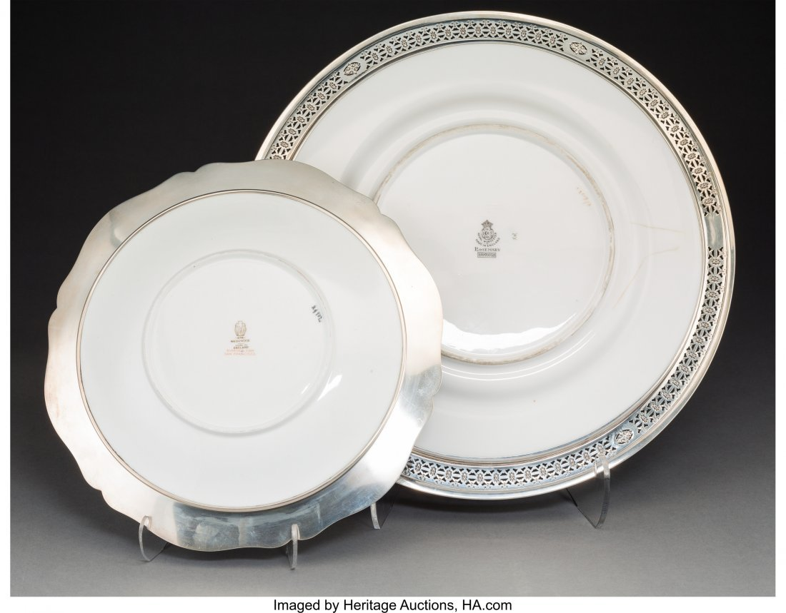 61825: A Fifteen-Piece Group of English Porcelain Plate - 2