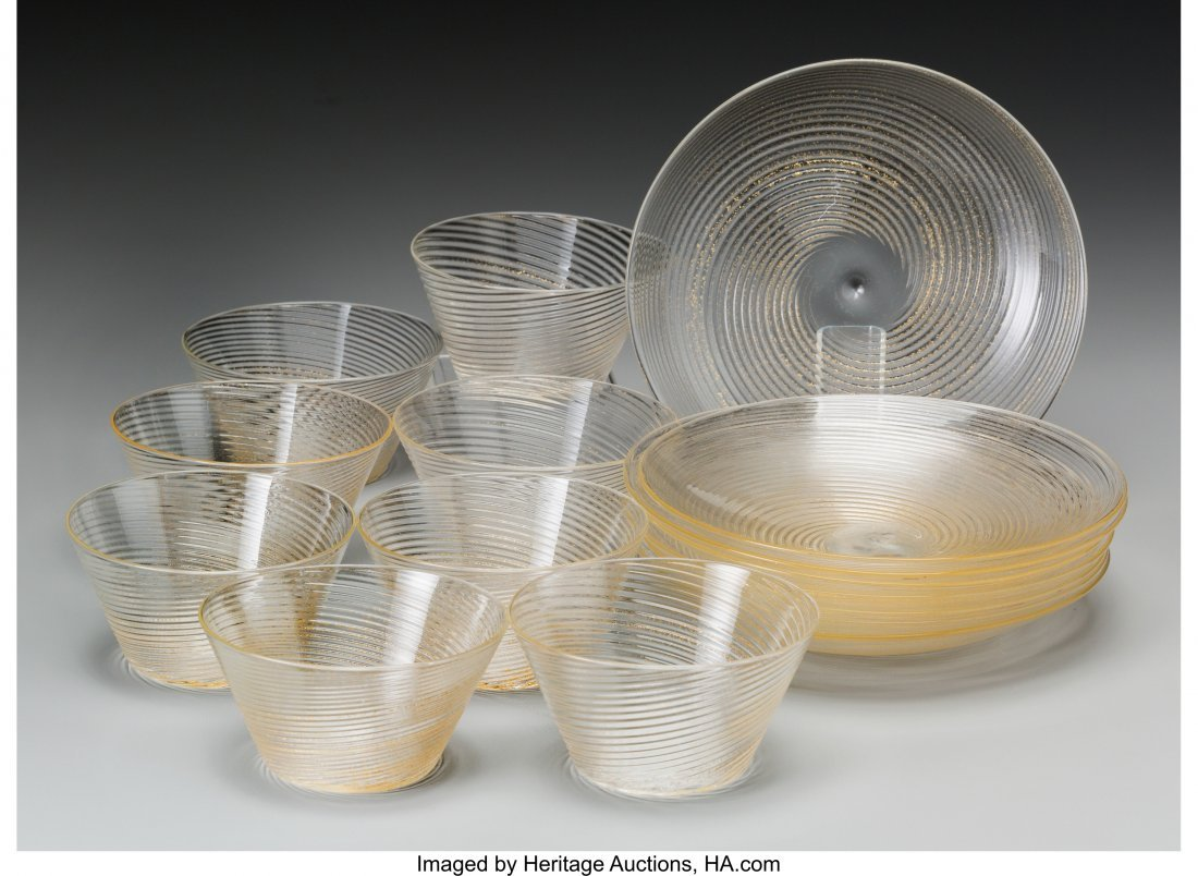 61884: A Sixteen-Piece Murano Ribbed Glass Group, 20th