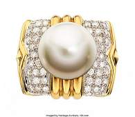 55134: South Sea Cultured Pearl, Diamond, Gold Ring Th