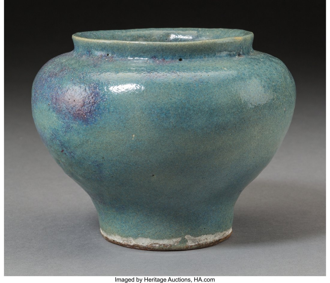 78298: A Chinese Junyao Pottery Jar, Yuan Dynasty, circ