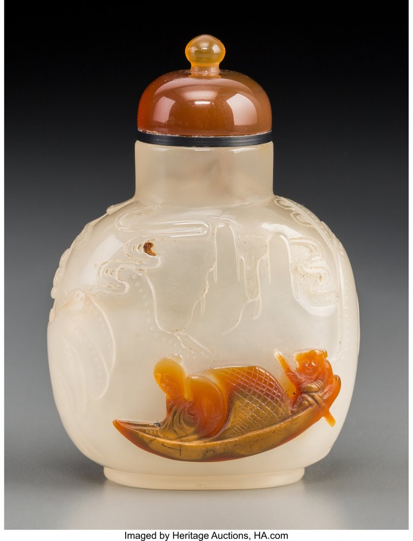 78146: A Chinese Carved White Agate Cameo Snuff Bottle