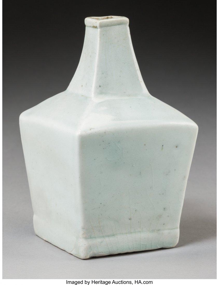 78736: A Fine Korean Translucent Celadon Glazed Porcela