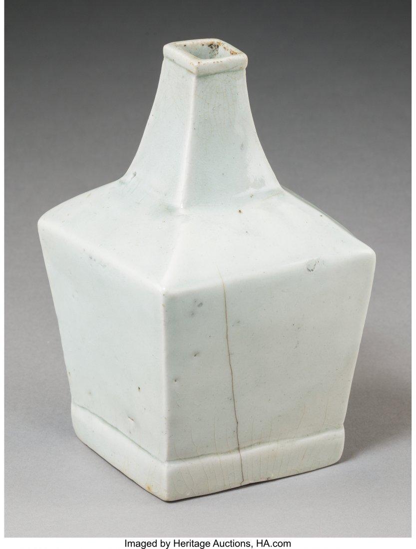 78736: A Fine Korean Translucent Celadon Glazed Porcela - 2
