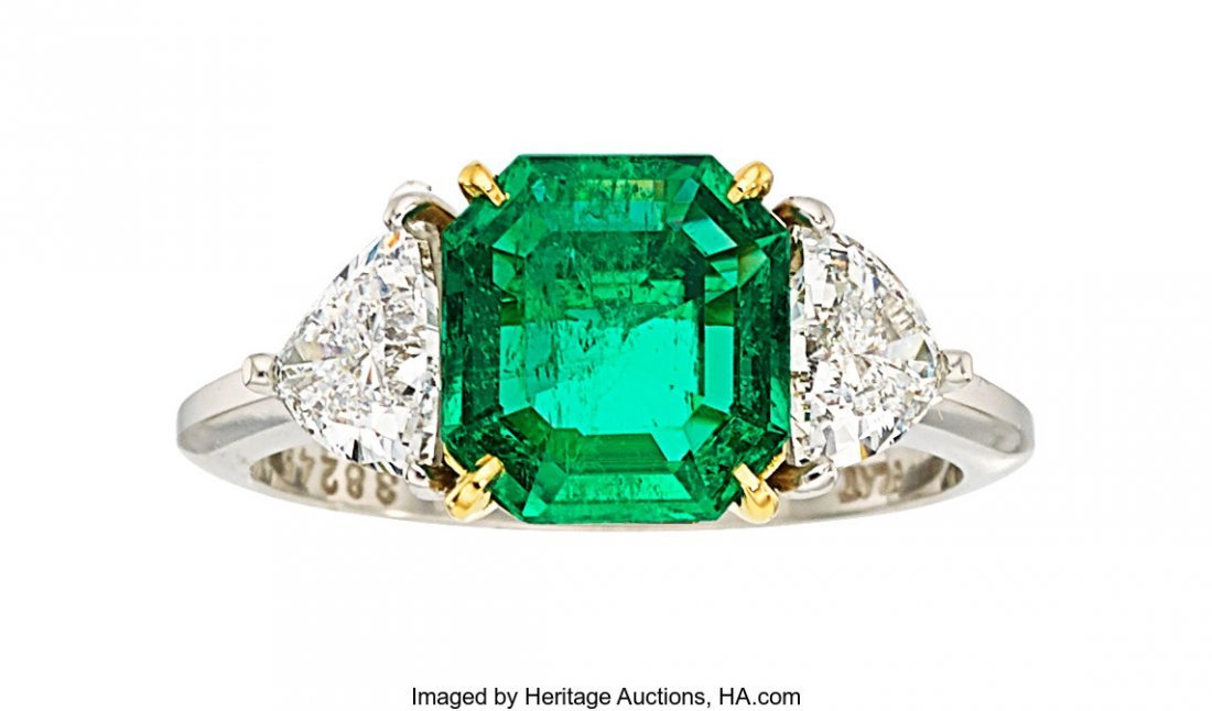 55026: Colombian Emerald, Diamond, Platinum, Gold Ring