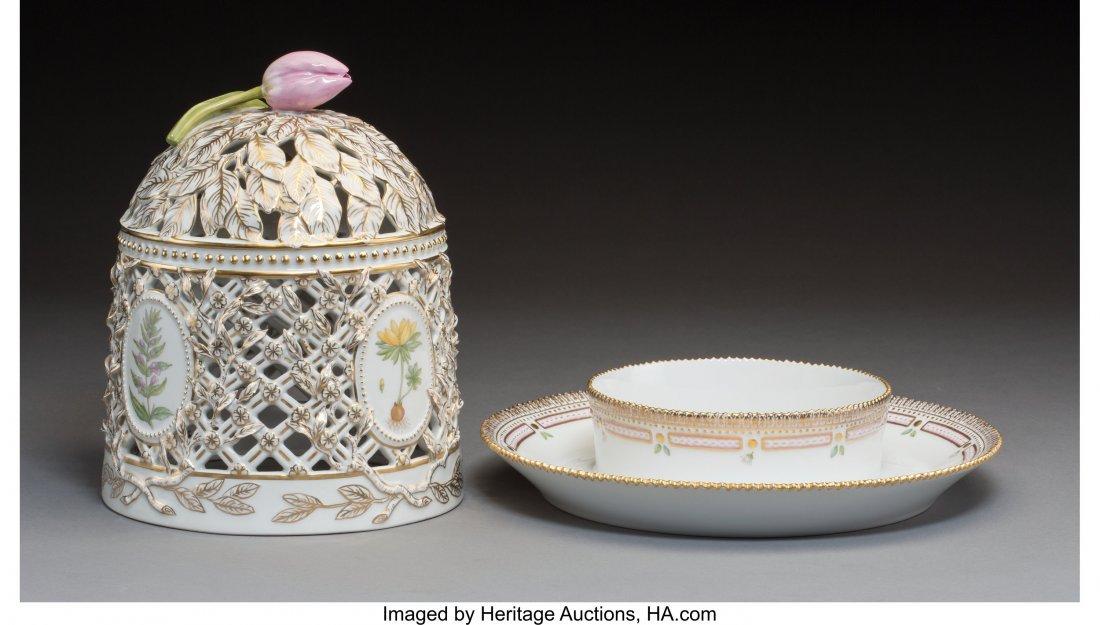 63445: A Royal Copenhagen Flora Danica Pattern Porcelai - 2