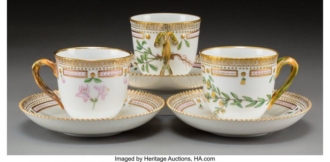 63450: Twelve Royal Copenhagen Flora Danica Pattern Por