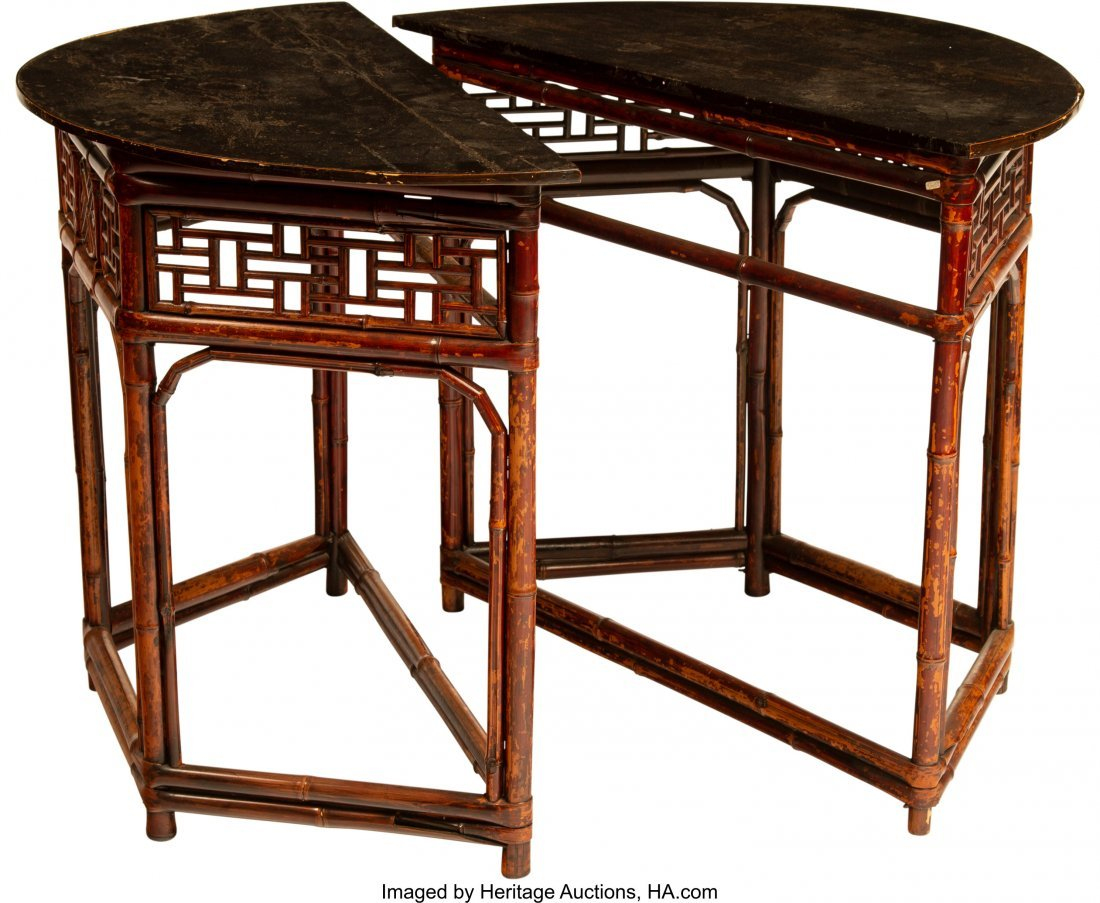 63957: A Pair of Japanese Console Tables, 20th century  - 2