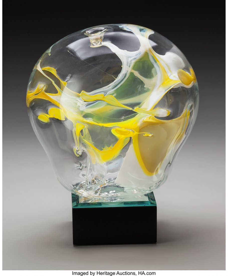 64160: A Peter Bramhall Blown Glass Daffodils on Lighte
