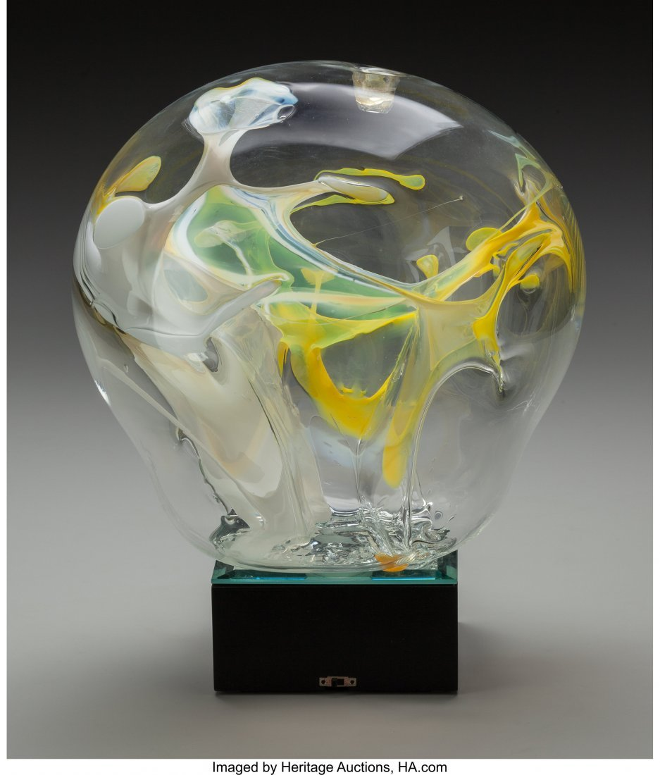 64160: A Peter Bramhall Blown Glass Daffodils on Lighte - 2