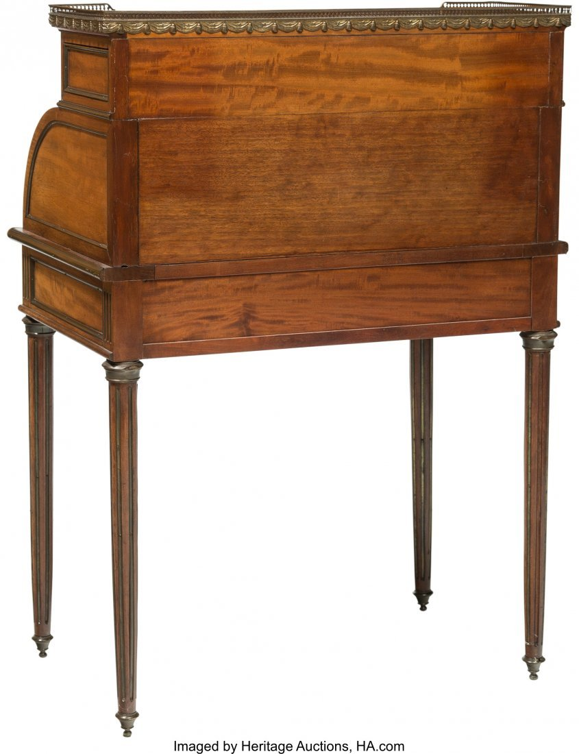 64129: An Edwardian Painted Walnut Roll-Top Desk, early - 3