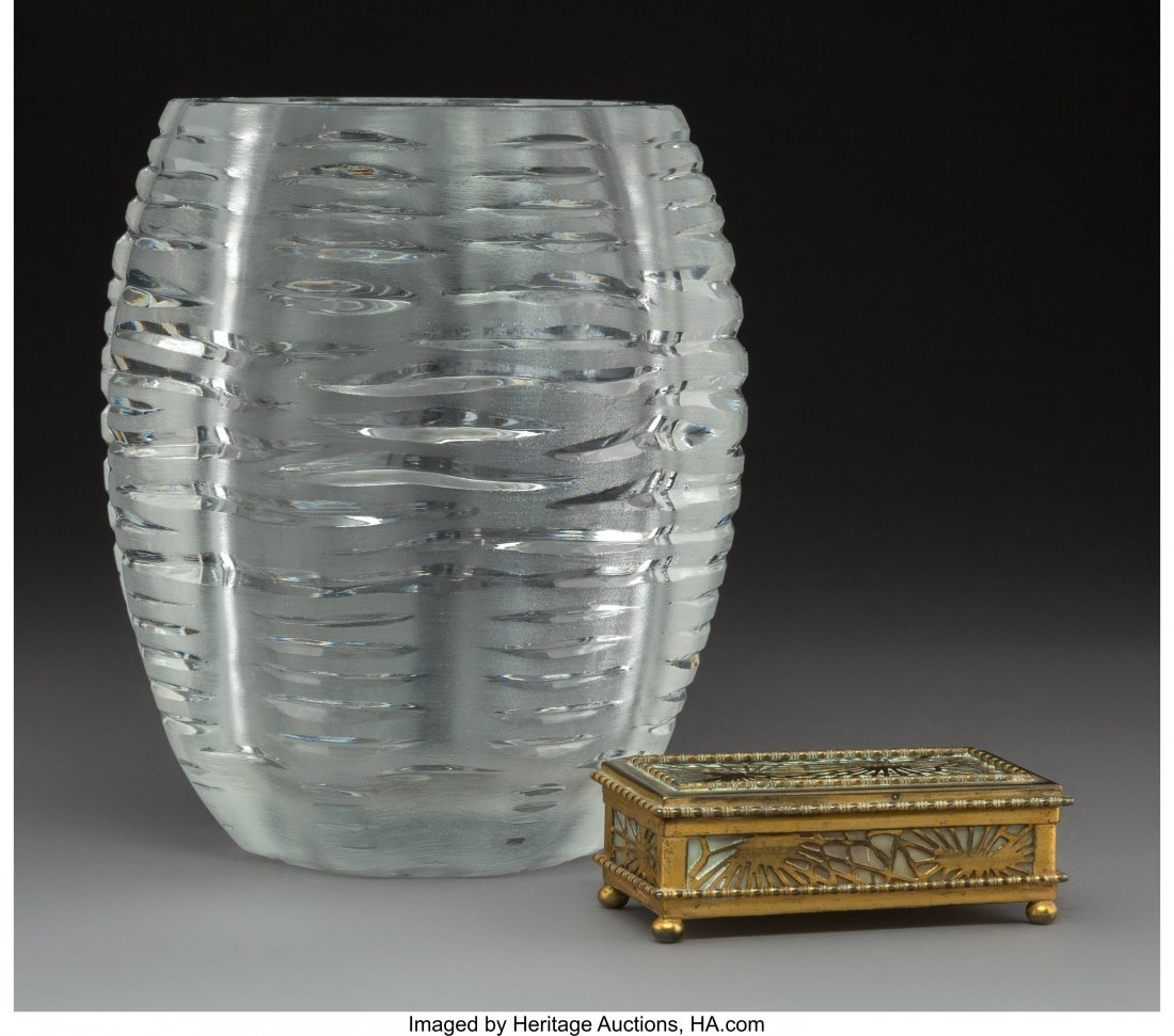 61696: A Lalique Clear and Frosted Glass Vase with Tiff