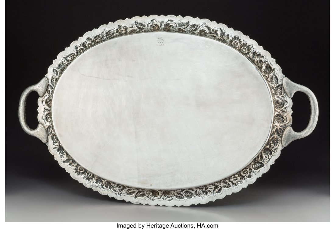 74046: A Large American Silver Two-Handled Tray with Fl - 2