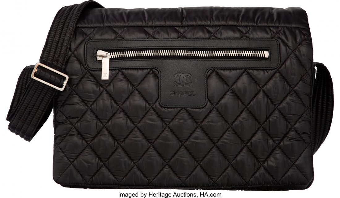 58009: Chanel Black Quilted Nylon Coco Cocoon Large Mes