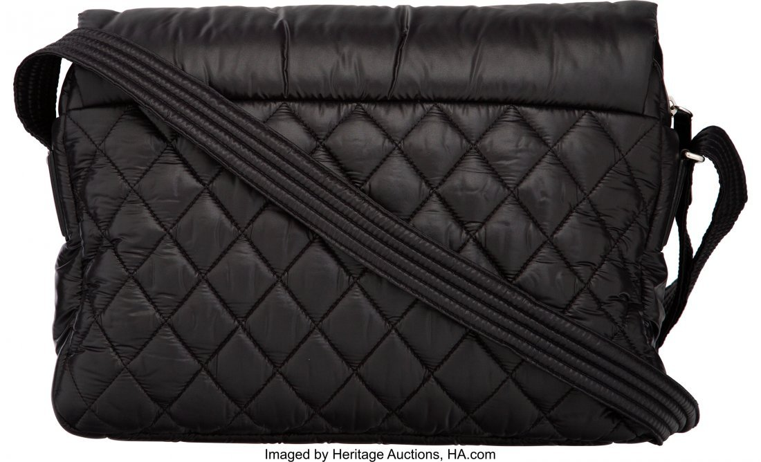 58009: Chanel Black Quilted Nylon Coco Cocoon Large Mes - 2