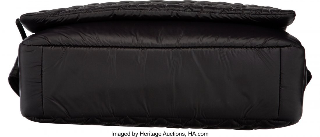 58009: Chanel Black Quilted Nylon Coco Cocoon Large Mes - 3