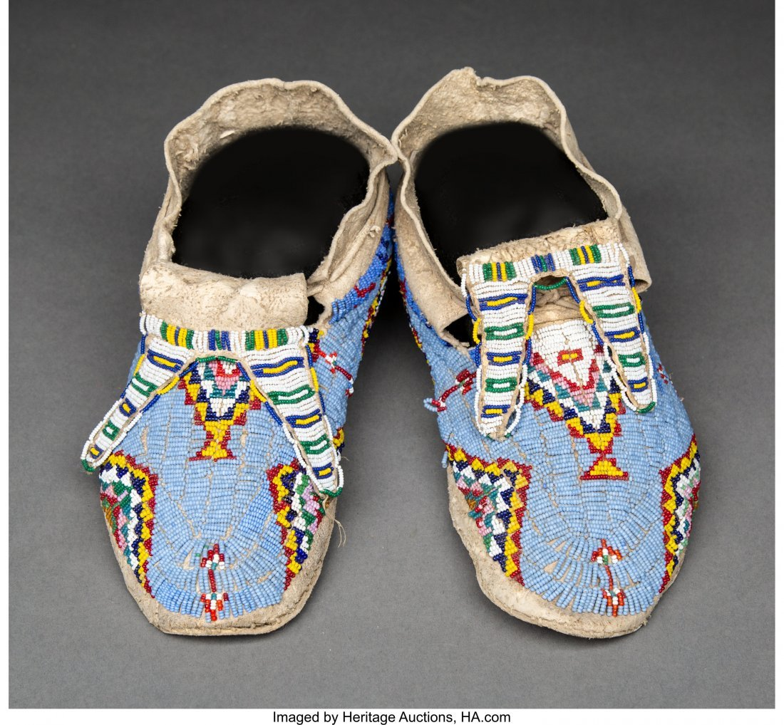 70157: A Pair of Sioux Beaded Hide Moccasins c. 1910