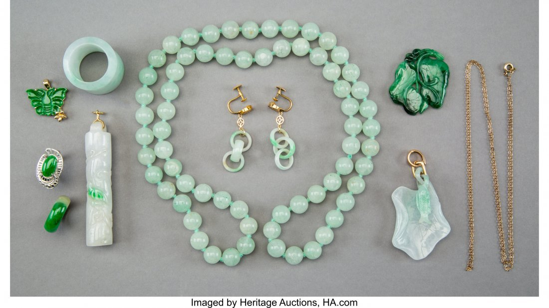 78119: A Group of Ten Pieces Chinese Carved Jadeite Jew