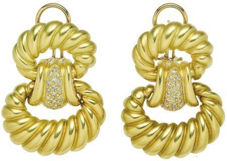 46013: Diamond, Gold Earrings
