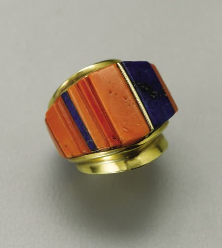 74001: A HOPI GOLD AND STONE RING Charles Loloma c.