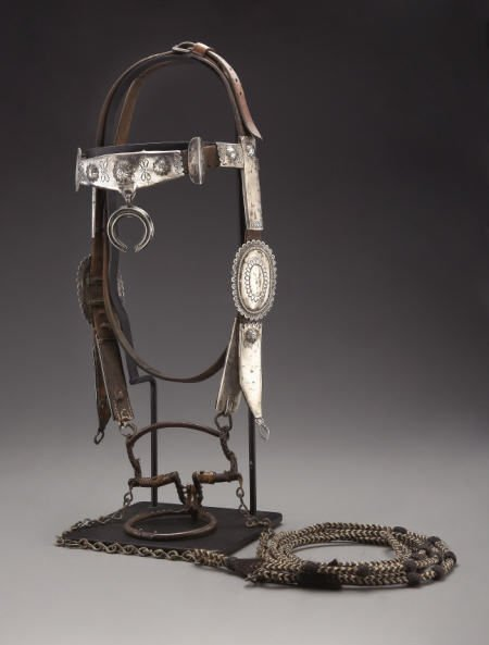 74011: A NAVAJO SILVER HEADSTALL c.