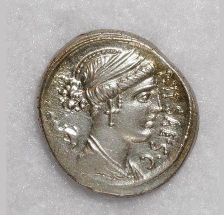 22873: Ancients P. Plautius Hypsaeus. 57 B.C. AR