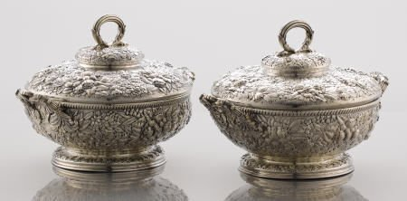 71017: A Pair of Tiffany & Co. Repoussé Entrée Dishes