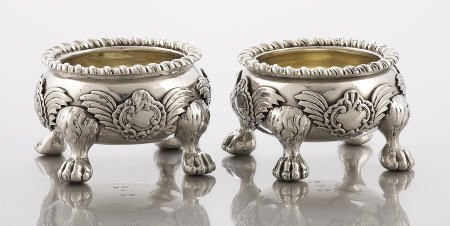 71097: A Pair of Foutain Silver/Silver Gilt Salts