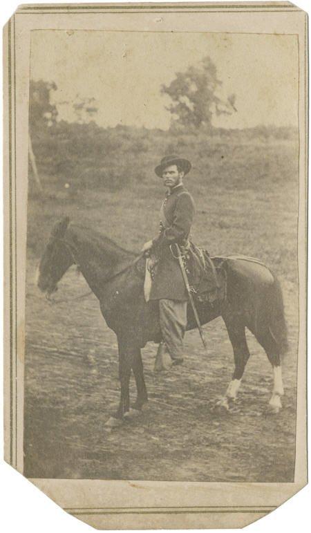 57020: Civil War CDV of Lt. on Horseback