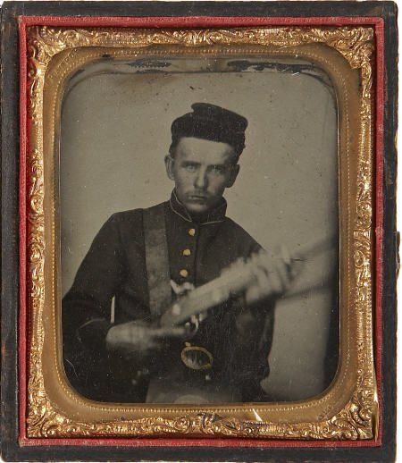 57284: 1/6 Plate Tintype Portrait of a  Federal Soldier