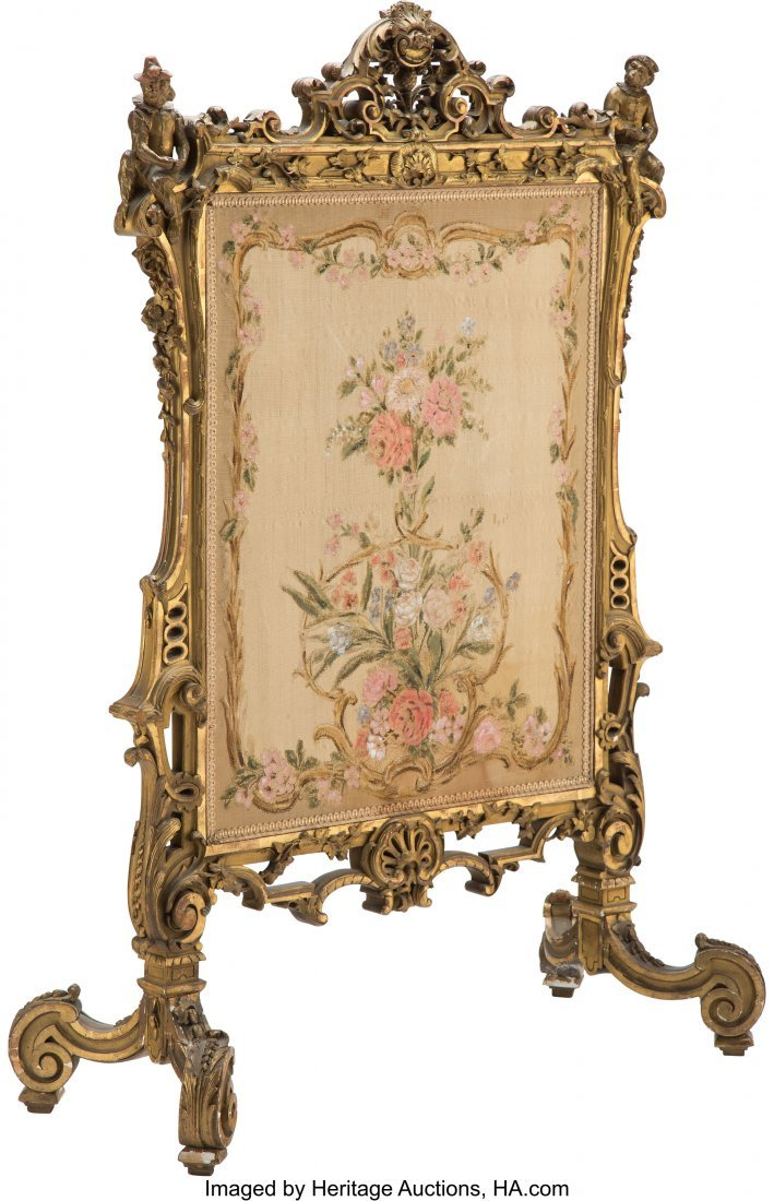 28030: A French Louis XV-Style Giltwood Fire Screen wit