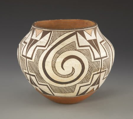 55017: AN ACOMA POLYCHROME JAR c. 1930   painted in ora