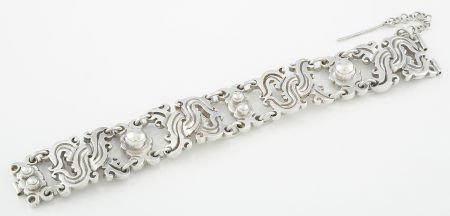 71006: A MEXICAN SILVER BRACELET William Spratling, Tax