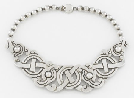 71013: A MEXICAN SILVER NECKLACE William Spratling, Tax