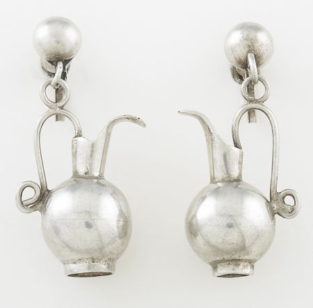 71016: A PAIR OF MEXICAN SILVER EARRINGS William Spratl
