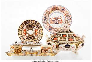 27177: A Group of Five Royal Crown Derby Old Imari Patt