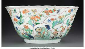 78122: A Large Chinese Famille Verte Bowl, Qing Dynasty
