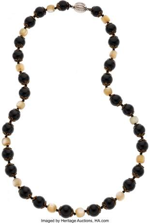 89019: Bette Davis Personally Owned Necklace.  A neckla