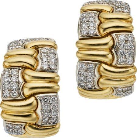 59019: Diamond, Gold Earrings