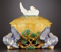 69003 A VICTORIAN MAJOLICA TUREEN AND COVER  Minton S