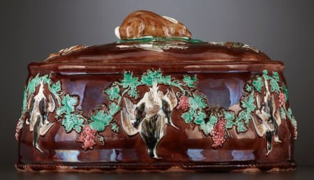 69005: A VICTORIAN MAJOLICA GAME DISH AND COVER WITH LI