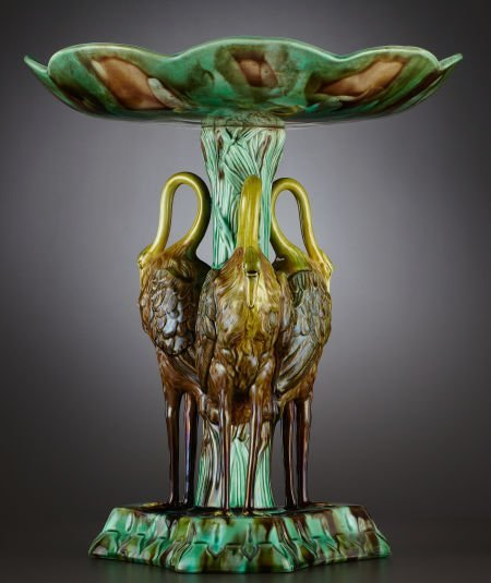 69013: A VICTORIAN MAJOLICA TABLE CENTER  Probably Jose