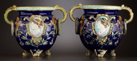 69014: A PAIR OF VICTORIAN MAJOLICA JARDINIÈRES  Staffo