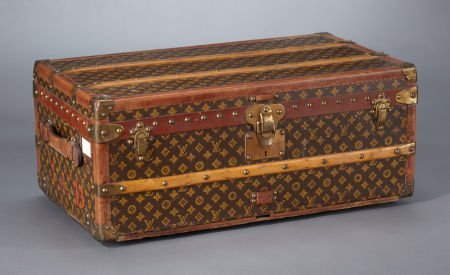 69162: A FRENCH STEAMER TRUNK  Louis Vuitton, Paris, Fr