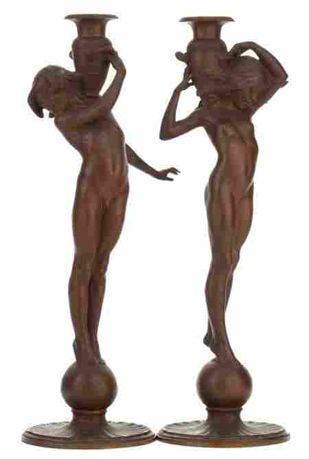 66124: A PAIR OF AMERICAN ART NOUVEAU BRONZE FIGURAL CA