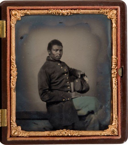 52021: Great 1/6 Plate Tintype of a Black Civil War Inf